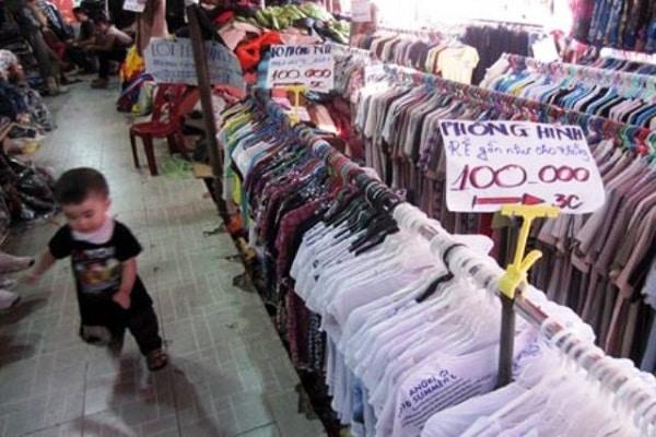 mua hàng thả ga tại chợ cửa khẩu tân thanh